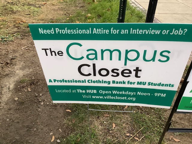 Campus Closet sign  Photo by Kayla Young